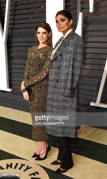 Actress Ashley Greene and fashion designer Rachel Roy attend the 2015 Vanity Fair Oscar Party hosted by Graydon Carter at the Wallis Annenberg Center...