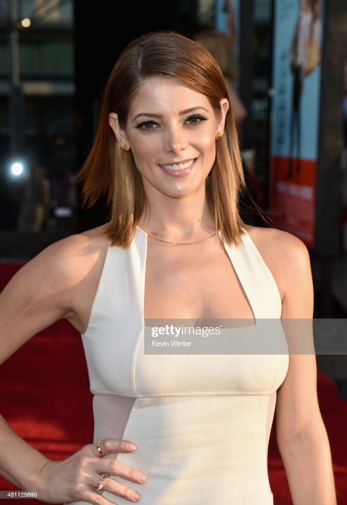 Actress <a gi-track='captionPersonalityLinkClicked' href=/galleries/search?phrase=Ashley+Greene&family=editorial&specificpeople=781552 ng-click='$event.stopPropagation()'>Ashley Greene</a> attends Focus Features' 'Wish I Was Here' premiere at DGA Theater on June 23, 2014 in Los Angeles, California.