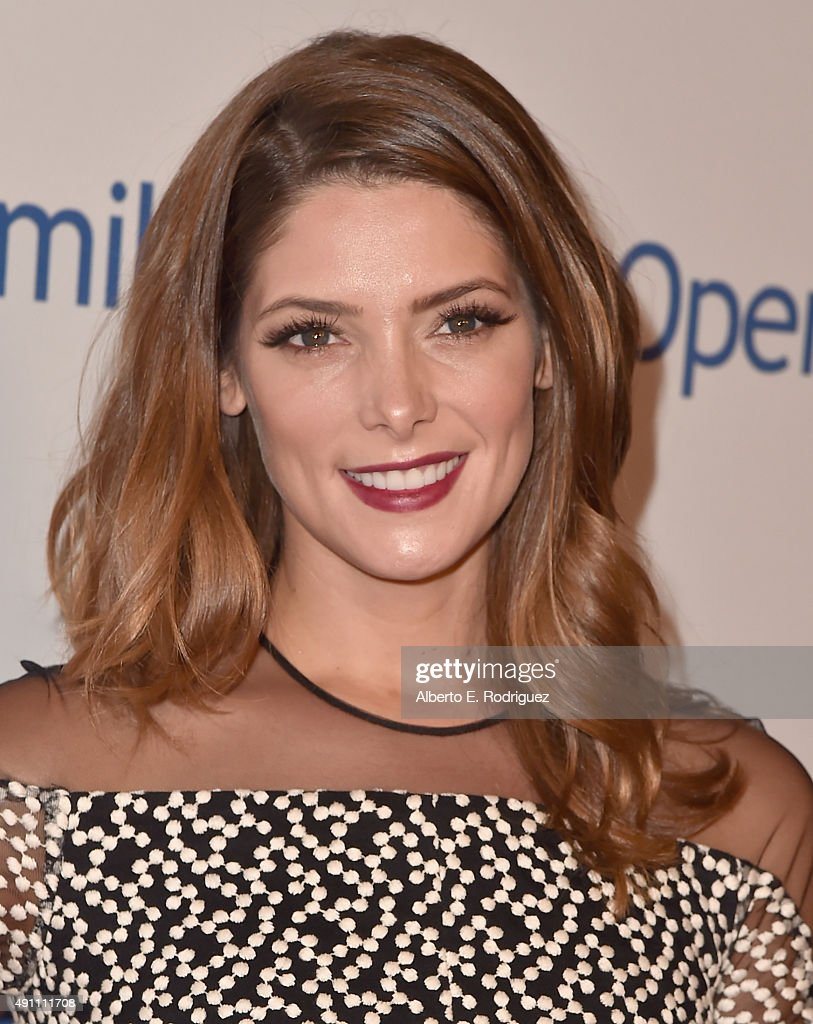 Actress <a gi-track='captionPersonalityLinkClicked' href=/galleries/search?phrase=Ashley+Greene&family=editorial&specificpeople=781552 ng-click='$event.stopPropagation()'>Ashley Greene</a> attends Operation Smile's 2015 Smile Gala at the Beverly Wilshire Four Seasons Hotel on October 2, 2015 in Beverly Hills, California.