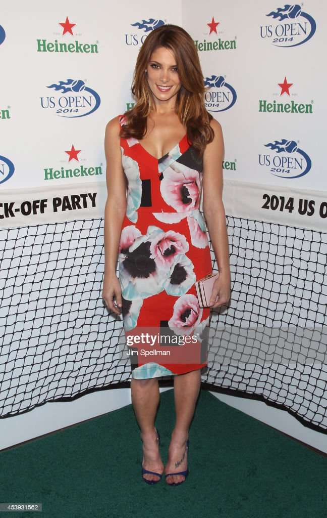 Actress <a gi-track='captionPersonalityLinkClicked' href=/galleries/search?phrase=Ashley+Greene&family=editorial&specificpeople=781552 ng-click='$event.stopPropagation()'>Ashley Greene</a> attends the 2014 Heineken US Open Kick Off Party at PH-D Rooftop Lounge at Dream Downtown on August 21, 2014 in New York City.
