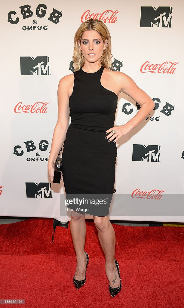 Actress <a gi-track='captionPersonalityLinkClicked' href=/galleries/search?phrase=Ashley+Greene&family=editorial&specificpeople=781552 ng-click='$event.stopPropagation()'>Ashley Greene</a> attends the Premiere of 'CBGB: The Movie' during the CBGB Music & Film Festival 2013 at Landmark Sunshine Cinema on October 8, 2013 in New York City.