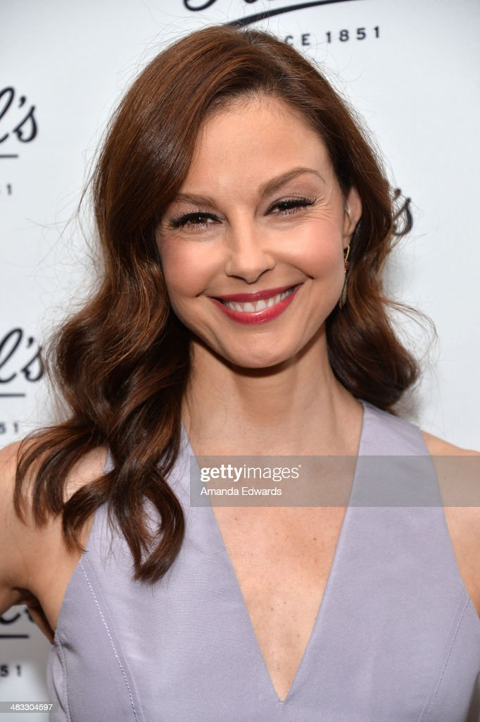 Ashley Judd And Anthony Mackie Partner With Kiehl's To Benefit Recycle Across America