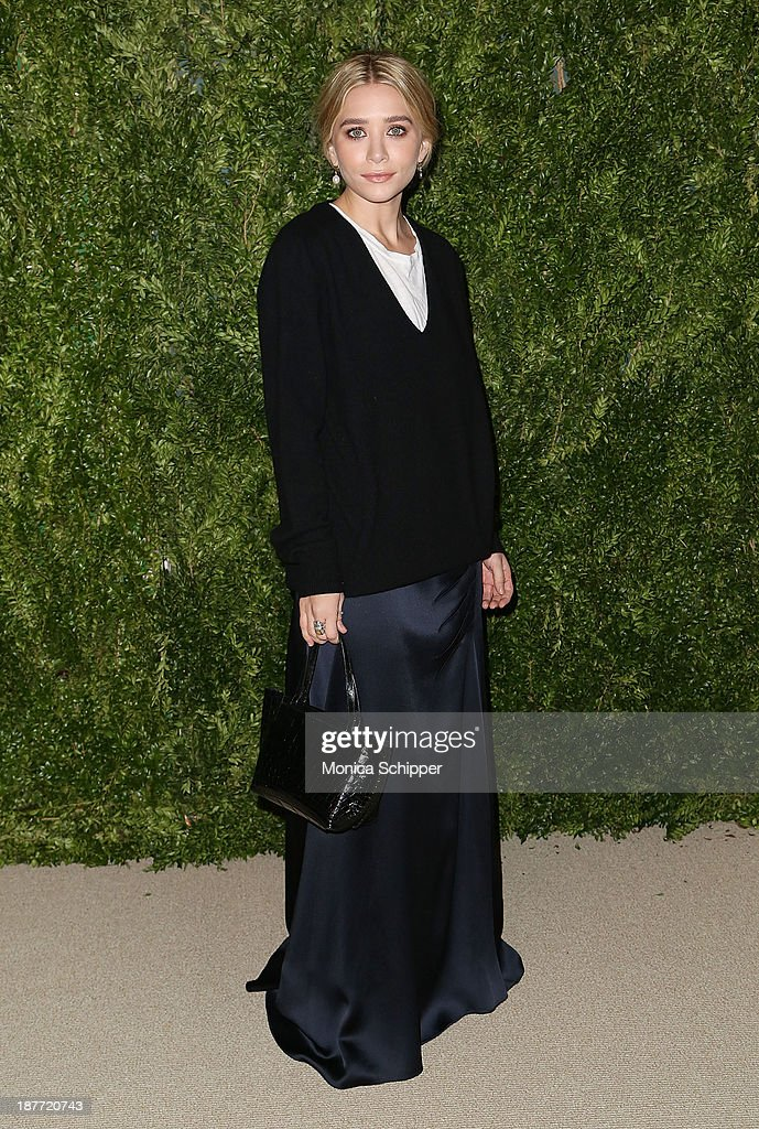 Actress <a gi-track='captionPersonalityLinkClicked' href=/galleries/search?phrase=Ashley+Olsen&family=editorial&specificpeople=156429 ng-click='$event.stopPropagation()'>Ashley Olsen</a> attends CFDA and Vogue 2013 Fashion Fund Finalists Celebration at Spring Studios on November 11, 2013 in New York City.Ê