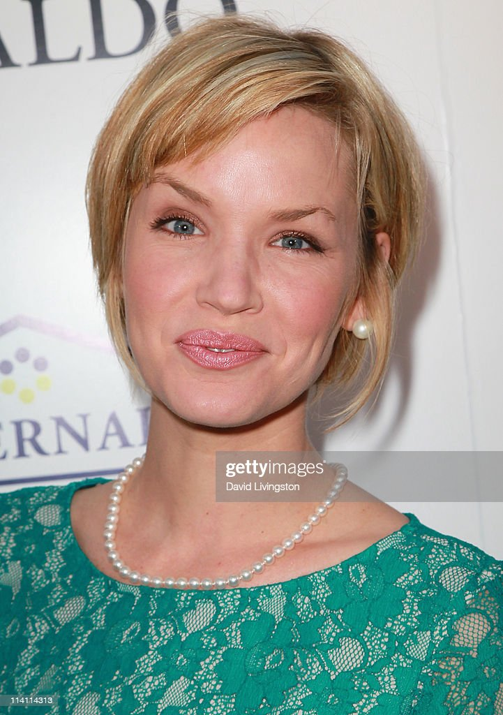Actress Ashley Scott attends An Evening of 'Southern Style' presented by the St. Bernard Project & the Spears family at a private residence on May 11, 2011 in Beverly Hills, California.