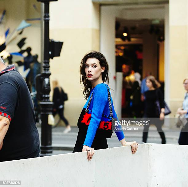 Actress Astrid BergèsFrisbey is photographed for Be on October 5 2014 in Paris France