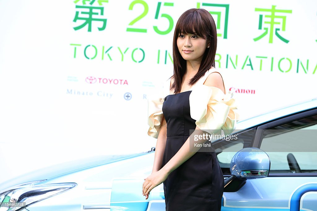 Actress <a gi-track='captionPersonalityLinkClicked' href=/galleries/search?phrase=Atsuko+Maeda&family=editorial&specificpeople=6867932 ng-click='$event.stopPropagation()'>Atsuko Maeda</a> attends the green carpet of the Tokyo International Film Festival at Roppongi Hills on October 20, 2012 in Tokyo, Japan.