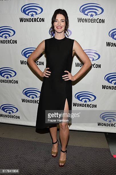 Actress attends 'The Last Ship' panel TNT at Wondercon 2016 at Los Angeles Convention Center on March 26 2016 in Los Angeles California 26059_001