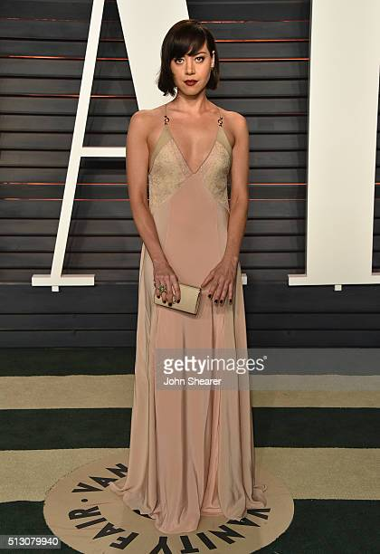 Actress Aubrey Plaza arrives at the 2016 Vanity Fair Oscar Party Hosted By Graydon Carter at Wallis Annenberg Center for the Performing Arts on...