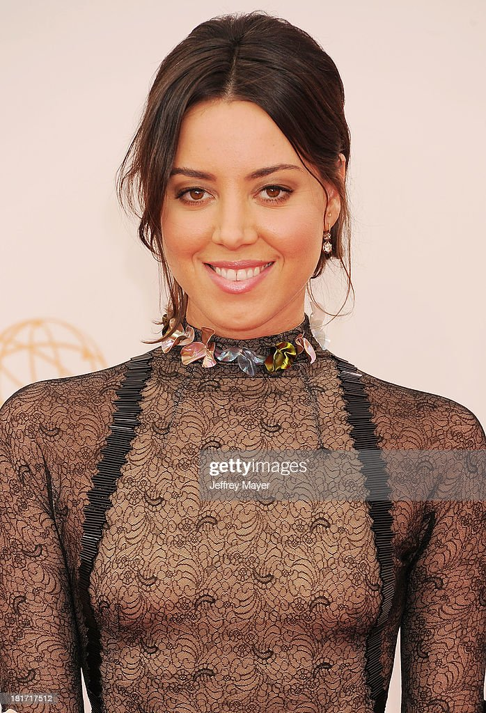 Actress <a gi-track='captionPersonalityLinkClicked' href=/galleries/search?phrase=Aubrey+Plaza&family=editorial&specificpeople=5299268 ng-click='$event.stopPropagation()'>Aubrey Plaza</a> arrives at the 65th Annual Primetime Emmy Awards at Nokia Theatre L.A. Live on September 22, 2013 in Los Angeles, California.