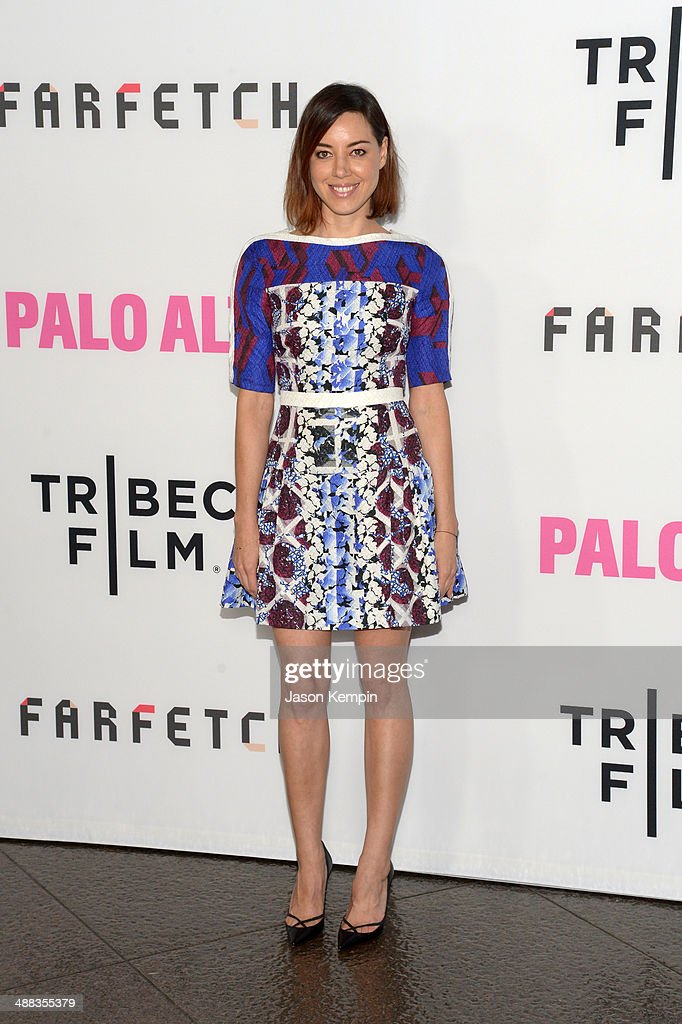 Actress <a gi-track='captionPersonalityLinkClicked' href=/galleries/search?phrase=Aubrey+Plaza&family=editorial&specificpeople=5299268 ng-click='$event.stopPropagation()'>Aubrey Plaza</a> attends the premiere of Tribeca Film's 'Palo Alto' at Directors Guild Of America on May 5, 2014 in Los Angeles, California.