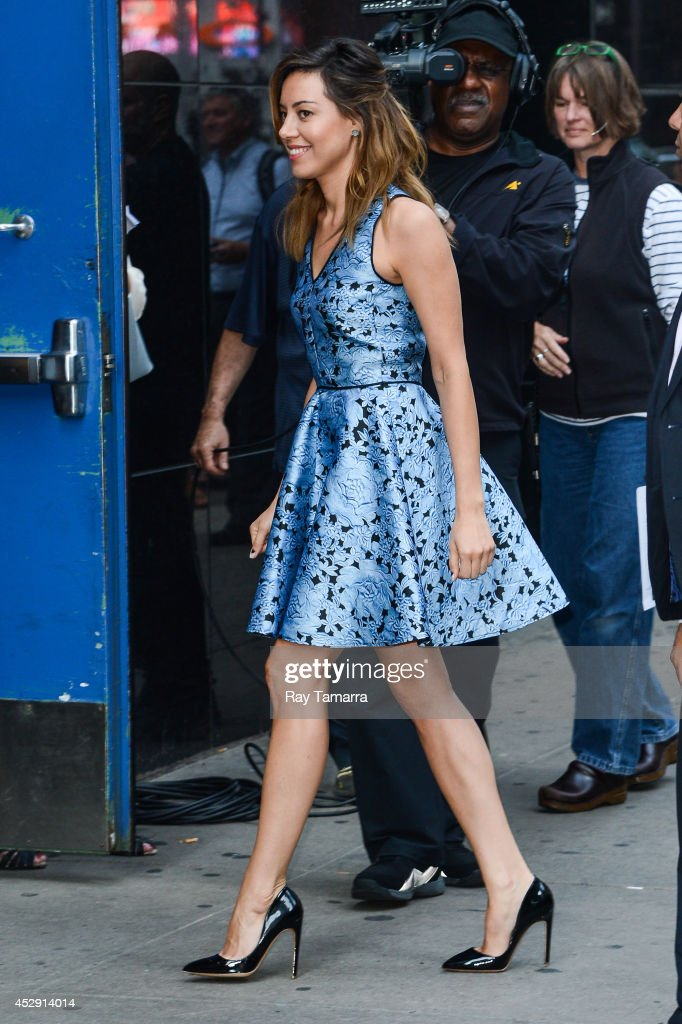 Actress Aubrey Plaza enters the 'Good Morning America' taping at the ABC Times Square Studios on July 29, 2014 in New York City.
