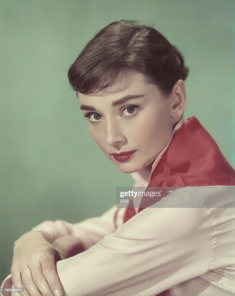 Actress <a gi-track='captionPersonalityLinkClicked' href=/galleries/search?phrase=Audrey+Hepburn&family=editorial&specificpeople=86470 ng-click='$event.stopPropagation()'>Audrey Hepburn</a> (1929 - 1993), circa 1955.
