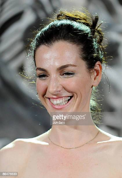 Actress Ayelet Zurer attends the 'Angels Demons' Japan Premiere at Marunouchi Building on May 7 2009 in Tokyo Japan The film will open on May 15 in...
