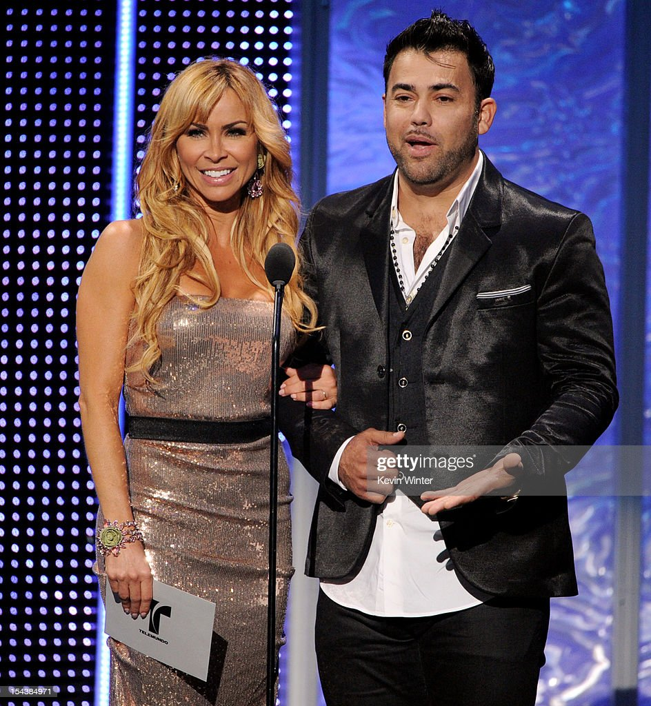 Actress <a gi-track='captionPersonalityLinkClicked' href=/galleries/search?phrase=Aylin+Mujica&family=editorial&specificpeople=3948805 ng-click='$event.stopPropagation()'>Aylin Mujica</a> (L) and baseball player Rogelio Martinez appear onstage at the Billboard Mexican Music Awards presented by State Farm on October 18, 2012 in Los Angeles, California.