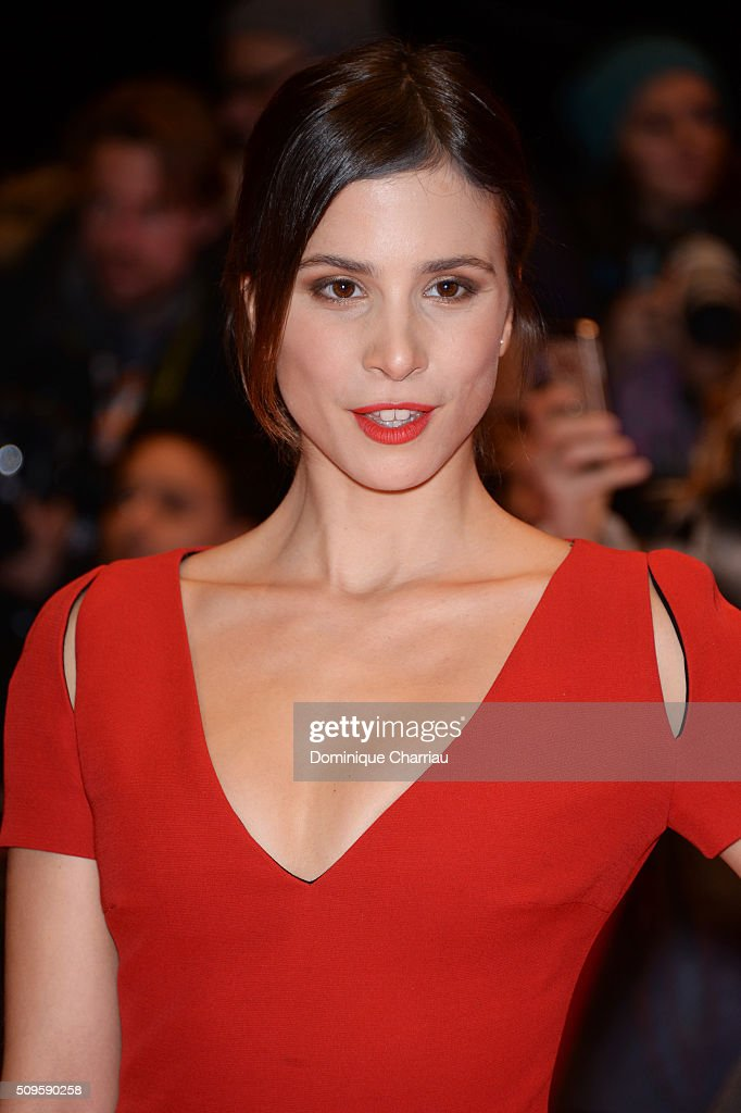 Actress <a gi-track='captionPersonalityLinkClicked' href=/galleries/search?phrase=Aylin+Tezel&family=editorial&specificpeople=2348122 ng-click='$event.stopPropagation()'>Aylin Tezel</a> attends the 'Hail, Caesar!' premiere during the 66th Berlinale International Film Festival Berlin at Berlinale Palace on February 11, 2016 in Berlin, Germany.