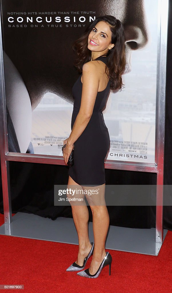 Actress Azita Ghanizada attends the 'Concussion' New York premiere at AMC Loews Lincoln Square on December 16, 2015 in New York City.