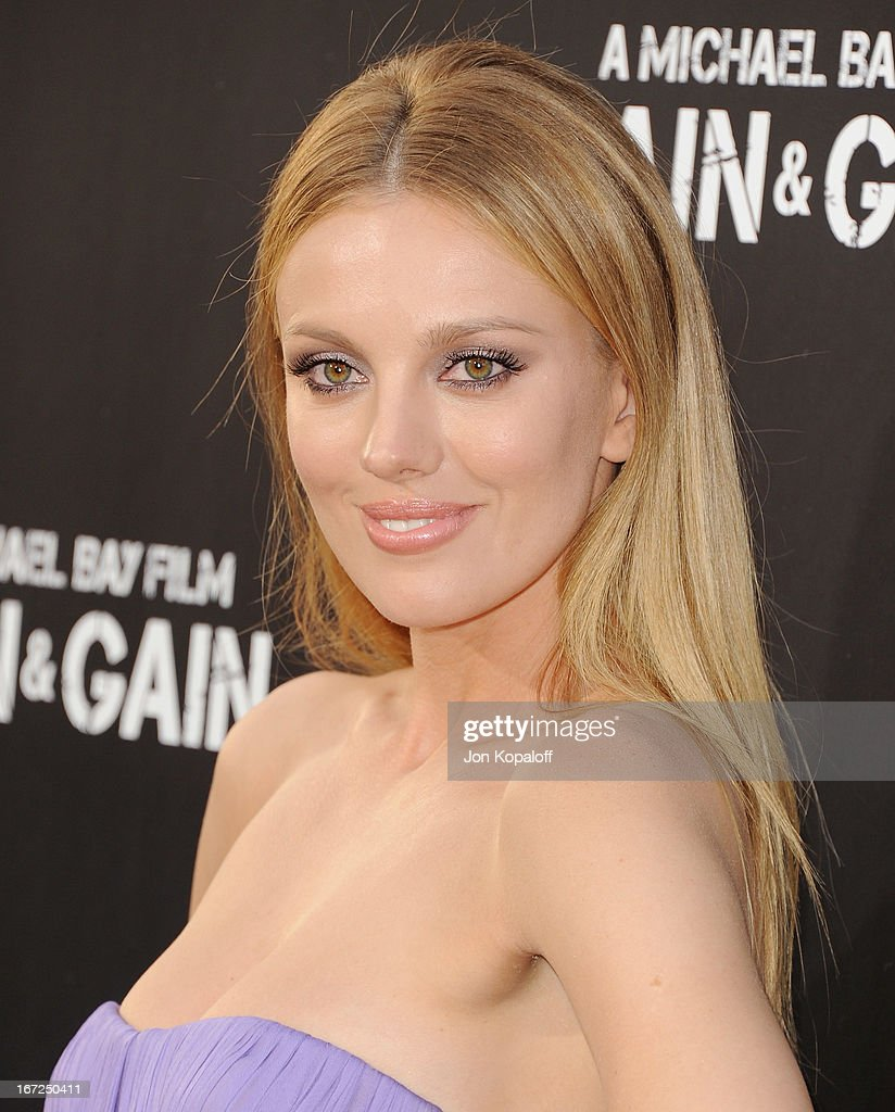 Actress Bar Paly arrives at the Los Angeles Premiere 'Pain & Gain' at TCL Chinese Theatre on April 22, 2013 in Hollywood, California.