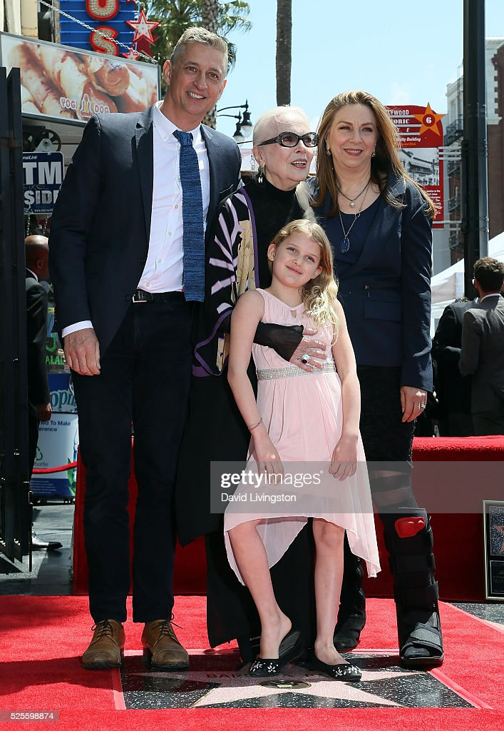 Actress <a gi-track='captionPersonalityLinkClicked' href=/galleries/search?phrase=Barbara+Bain&family=editorial&specificpeople=540059 ng-click='$event.stopPropagation()'>Barbara Bain</a> (C) and family members attend her being honored with a Star on the Hollywood Walk of Fame on April 28, 2016 in Hollywood, California.