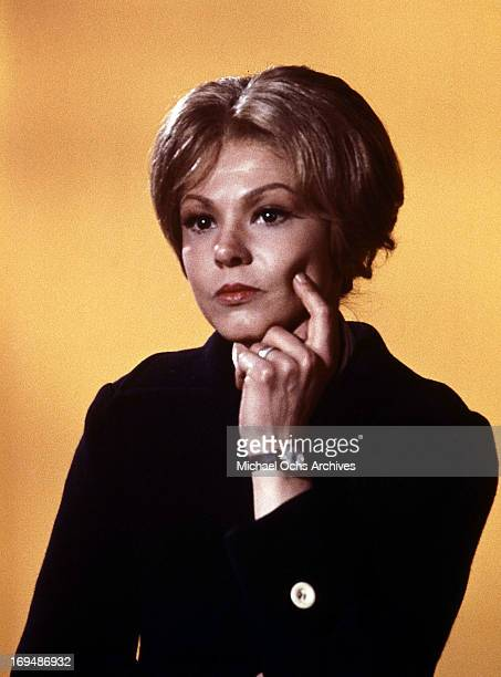 Actress Barbara Harris poses for a portrait in circa 1976