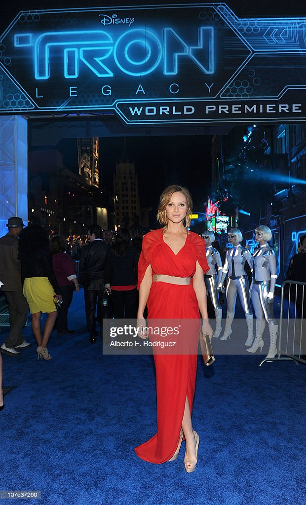 Actress Beau Garrett arrives at Walt Disney's 'TRON: Legacy' World Premiere held at the El Capitan Theatre on December 11, 2010 in Los Angeles, California.