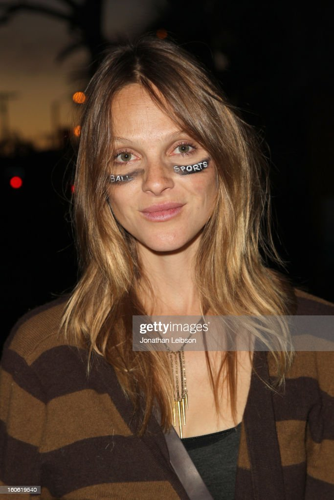 Actress Beau Garrett attend Super Bowl Sunday at The Microsoft Experience on February 3, 2013 in Venice, California.