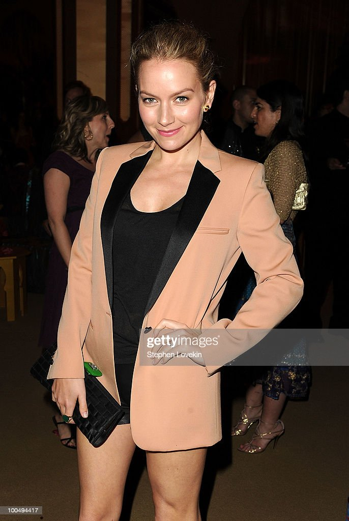 Actress Becki Newton attends the after party following the premiere of 'Sex and the City 2' at Lincoln Center for the Performing Arts on May 24, 2010 in New York City.