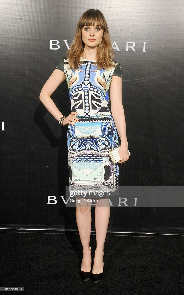 Actress Bella Heathcote arrives at the Rodeo Drive Walk of Style honoring Bvlgari on December 5, 2012 in Beverly Hills, California.