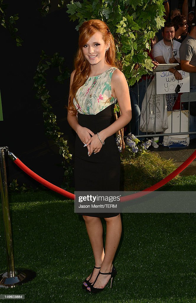 Actress <a gi-track='captionPersonalityLinkClicked' href=/galleries/search?phrase=Bella+Thorne&family=editorial&specificpeople=5083663 ng-click='$event.stopPropagation()'>Bella Thorne</a> arrives at the premiere of Walt Disney Pictures' 'The Odd Life of Timothy Green' held at the El Capitan Theatre on August 6, 2012 in Hollywood, California.