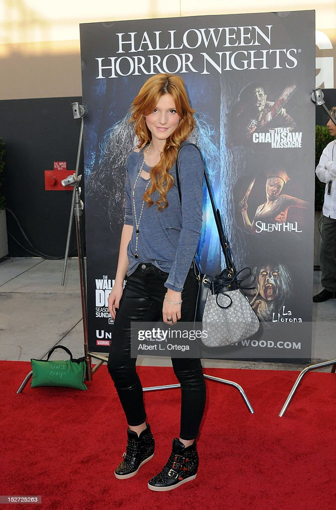 Actress <a gi-track='captionPersonalityLinkClicked' href=/galleries/search?phrase=Bella+Thorne&family=editorial&specificpeople=5083663 ng-click='$event.stopPropagation()'>Bella Thorne</a> arrives for Universal Studios Hollywood 'Halloween Horror Night' and Eye Gore Awards Kick Off Party held at Universal Studios Hollywood on September 21, 2012 in Universal City, California.