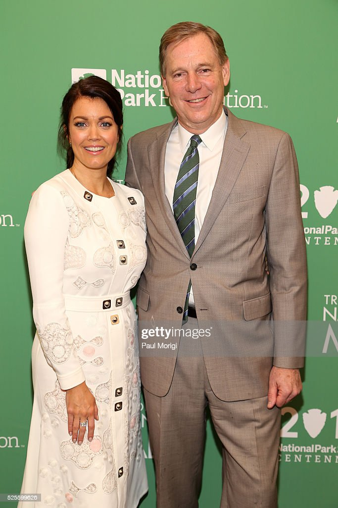 Actress <a gi-track='captionPersonalityLinkClicked' href=/galleries/search?phrase=Bellamy+Young&family=editorial&specificpeople=4135230 ng-click='$event.stopPropagation()'>Bellamy Young</a> and President of the National Park Foundation Will Shafroth pose for a photo at the Trust for the National Mall's Ninth Annual Benefit Luncheon in West Potomac Park on April 28, 2016 in Washington, DC.