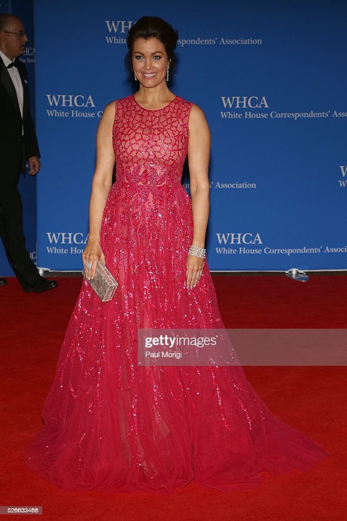 Actress <a gi-track='captionPersonalityLinkClicked' href=/galleries/search?phrase=Bellamy+Young&family=editorial&specificpeople=4135230 ng-click='$event.stopPropagation()'>Bellamy Young</a> attends the 102nd White House Correspondents' Association Dinner on April 30, 2016 in Washington, DC.