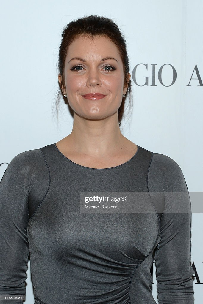 Actress Bellamy Young, wearing Giorgio Armani attends the Giorgio Armani Beauty Luncheon on December 6, 2012 in Beverly Hills, California.