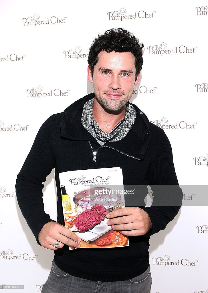 Actress Ben Hollingsworth poses with The Pampered Chef during Kari Feinstein Primetime Emmy Awards Style Lounge at the Mondrian Los Angeles on...