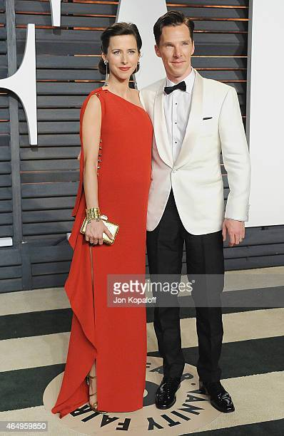 Actress Benedict Cumberbatch and wife Sophie Hunter arrive at the 2015 Vanity Fair Oscar Party Hosted By Graydon Carter at Wallis Annenberg Center...