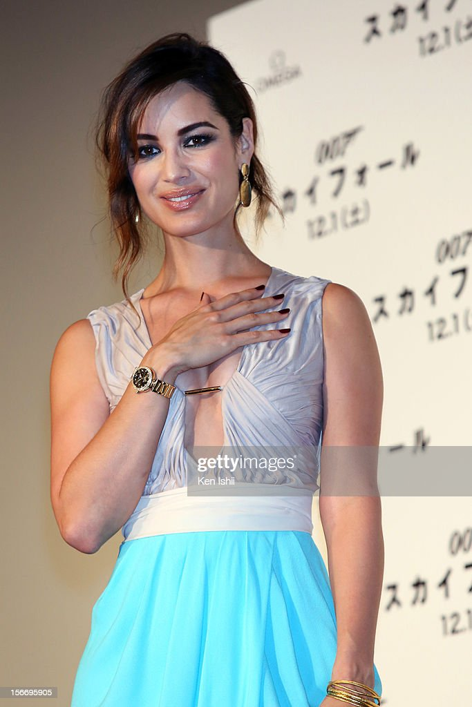 Actress Berenice Marlohe poses for photographs at the 'Skyfall' Japan Premiere at Toho Cinemas Nichigeki on November 19, 2012 in Tokyo, Japan. The film will open on December 1.
