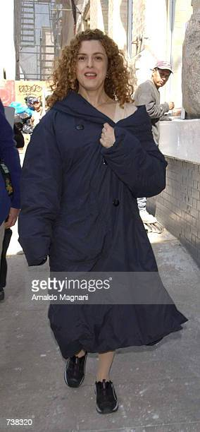 Actress Bernadette Peters walks to the set of her new film 'Smack in the Kisser' March 29 2002 in New York City