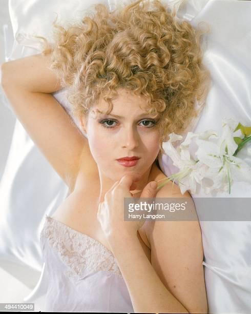 Actress Bernadette Petres poses for a portrait in 1979 in Los Angeles California