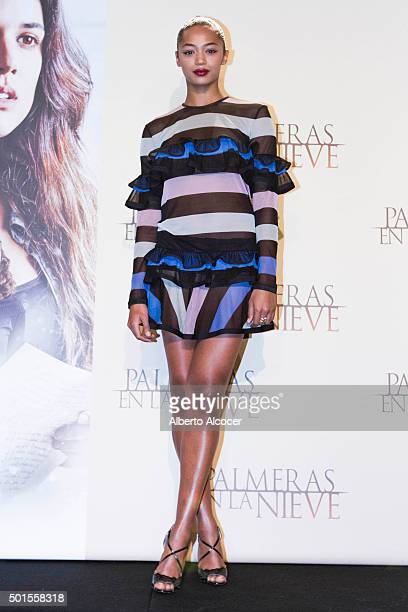 Actress Berta Vazquez attend 'Palmeras en la Nieve' Madrid Photocall at Palace Hotel on December 16 2015 in Madrid Spain