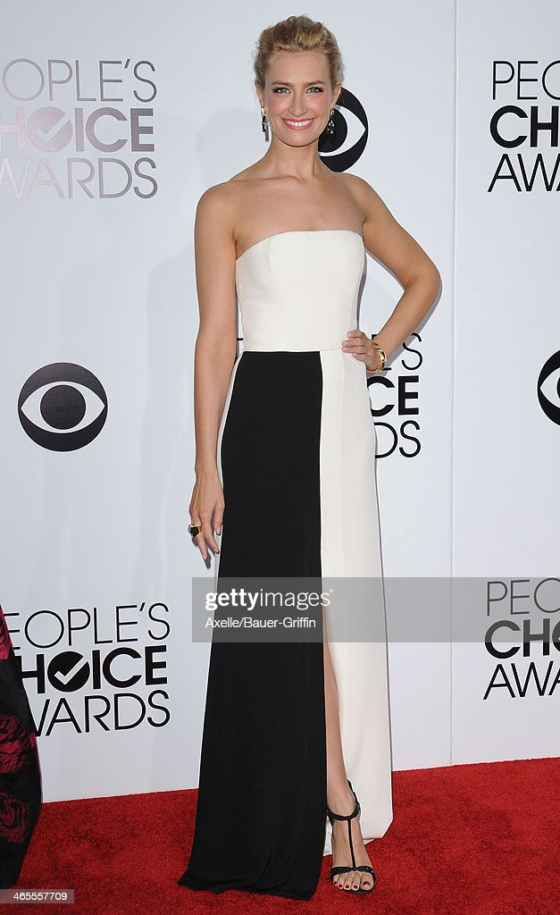 Actress Beth Behrs arrives at The 40th Annual People's Choice Awards at Nokia Theatre L.A. Live on January 8, 2014 in Los Angeles, California.