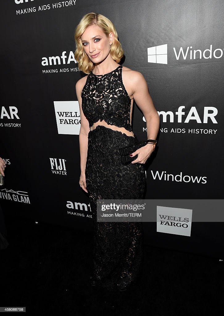 Actress <a gi-track='captionPersonalityLinkClicked' href=/galleries/search?phrase=Beth+Behrs&family=editorial&specificpeople=6556378 ng-click='$event.stopPropagation()'>Beth Behrs</a> attends amfAR LA Inspiration Gala honoring Tom Ford at Milk Studios on October 29, 2014 in Hollywood, California.