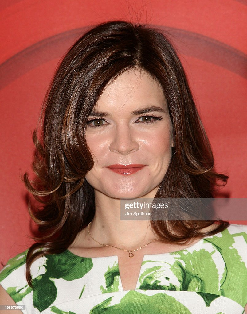 Actress Betsy Brandt attends 2013 NBC Upfront Presentation Red Carpet Event at Radio City Music Hall on May 13, 2013 in New York City.