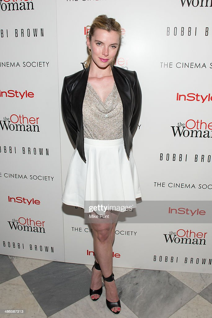 Actress Betty Gilpin attends The Cinema Society & Bobbi Brown with InStyle screening of 'The Other Woman' at The Paley Center for Media on April 24, 2014 in New York City.
