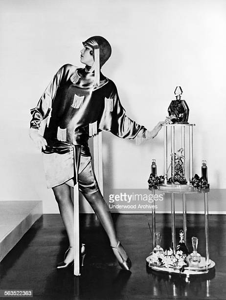 Actress Betty Onge in a 1920s flapper fashion film still from the MGM movie 'Singing in the Rain' Hollywood California 1952