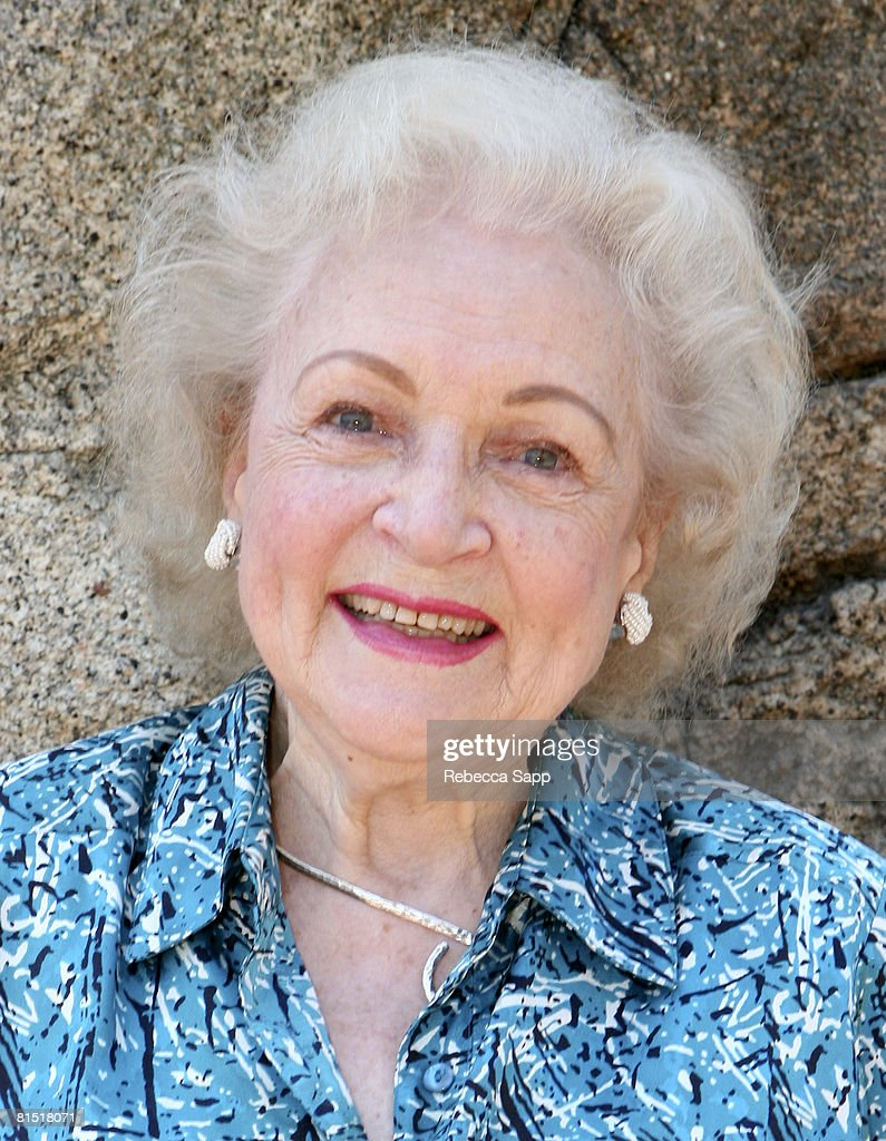 Actress Betty White attends L.A. Zoo's Gorillas Served Vegetarian Feast by The Greater Los Angeles Zoo Association on June 5, 2008 at the Los Angeles Zoo in Los Angeles, California.