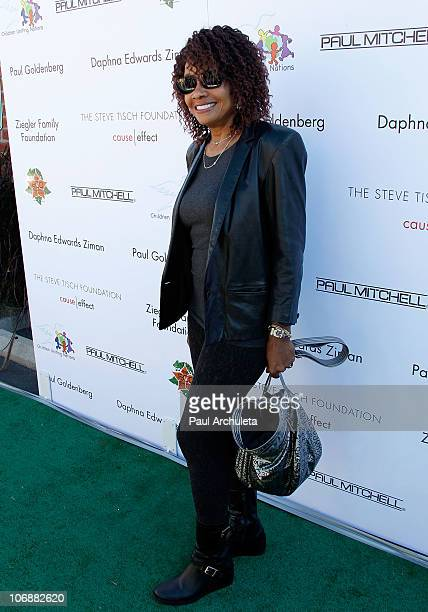 Actress Beverly Todd arrives at the Children Uniting Nations' 12th annual Day Of The Child event at Star Eco Station on November 14 2010 in Los...