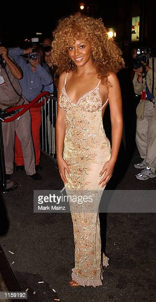 Actress Beyonce Knowles arrives for the 'Austin Powers Goldmember' party July 24 2002 at Barney's in New York City