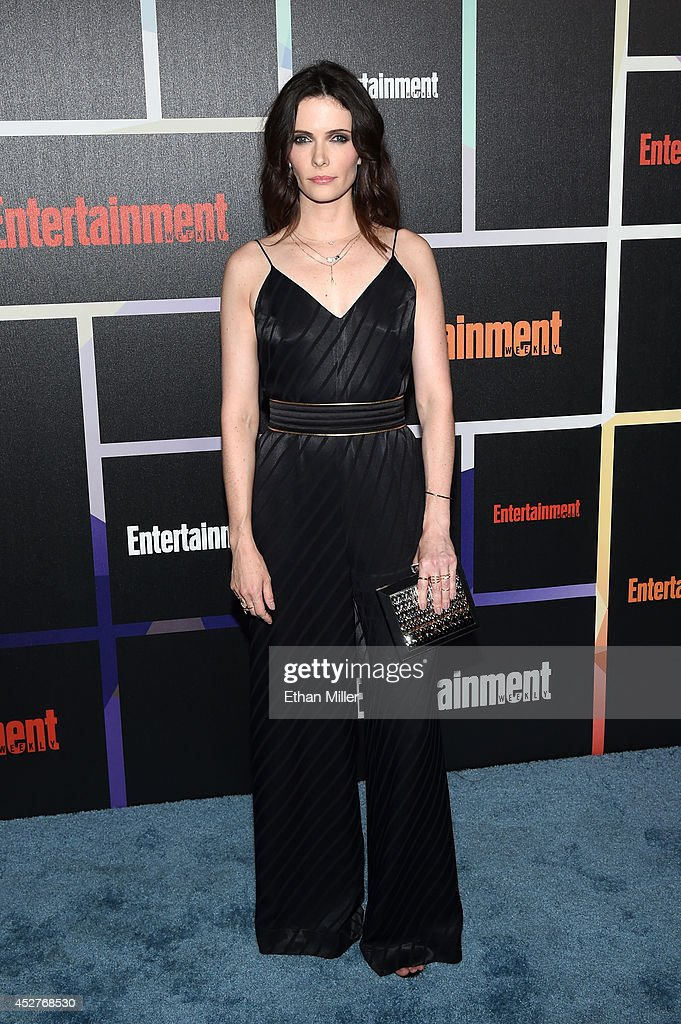 Actress <a gi-track='captionPersonalityLinkClicked' href=/galleries/search?phrase=Bitsie+Tulloch&family=editorial&specificpeople=4616199 ng-click='$event.stopPropagation()'>Bitsie Tulloch</a> attends Entertainment Weekly's annual Comic-Con celebration at Float at Hard Rock Hotel San Diego on July 26, 2014 in San Diego, California.