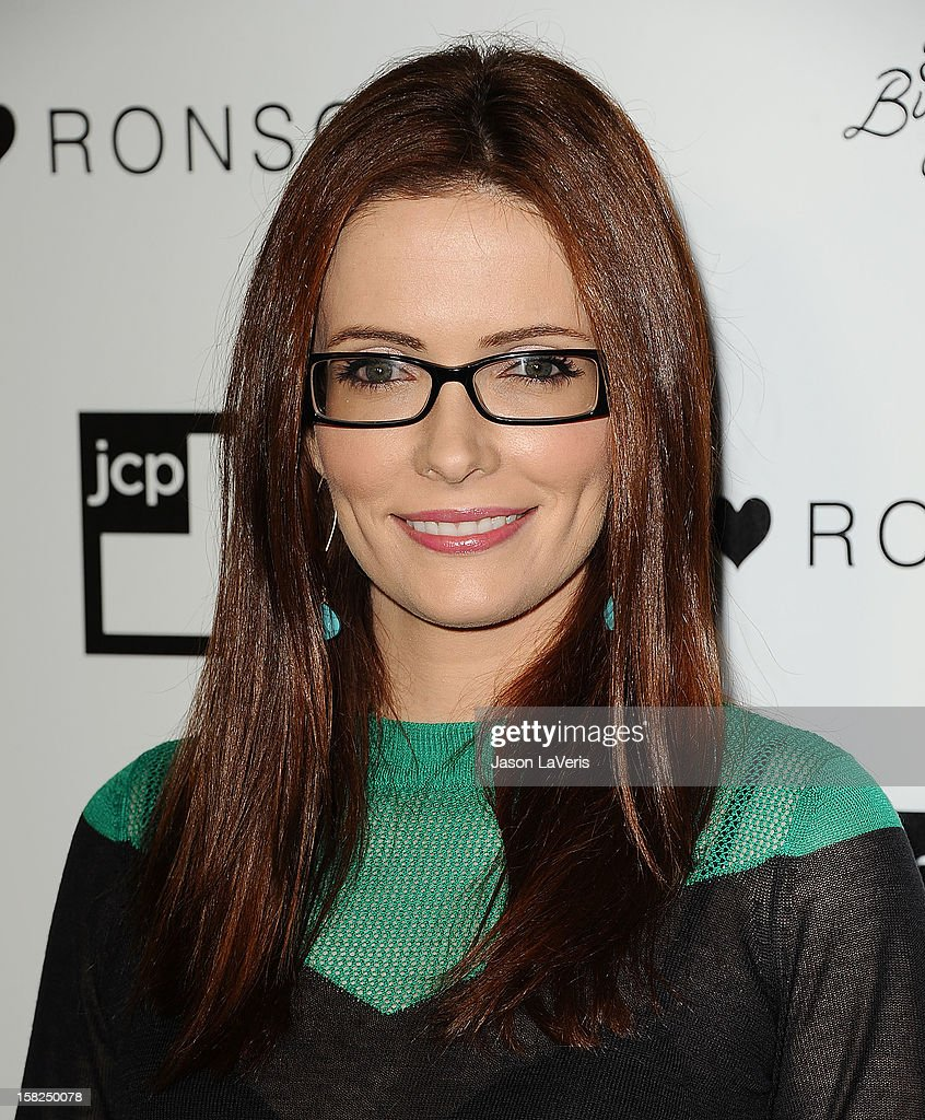Actress Bitsie Tulloch attends the I Heart Ronson celebration at The Bungalow on December 11, 2012 in Santa Monica, California.