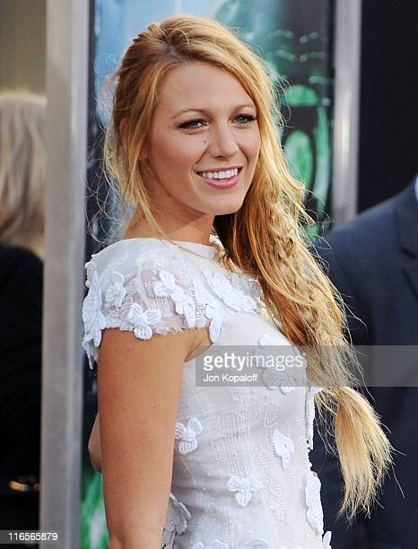Actress Blake Lively arrives at the Los Angeles Premiere 'Green Lantern' at Grauman's Chinese Theatre on June 15 2011 in Hollywood California