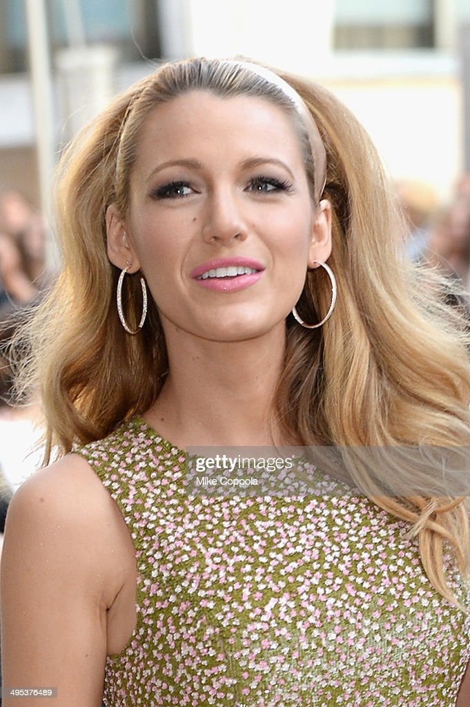 Actress Blake Lively attends the 2014 CFDA fashion awards at Alice Tully Hall, Lincoln Center on June 2, 2014 in New York City.